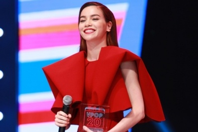 Khán giả 'giật mình' khi Hồ Ngọc Hà bất ngờ đạt giải Cống hiến 2015