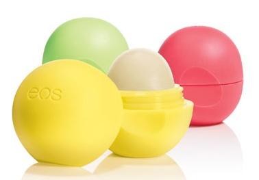 Thực hư son trứng EOS gây dị ứng, phồng rộp môi