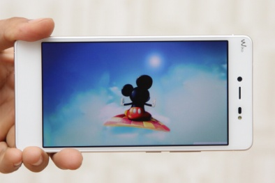 'Đốn tim' nửa yêu thương với top smartphone đẹp ngất ngây