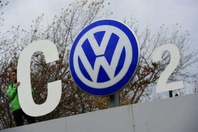 Gian dối khí thải, Volkswagen bị cả cổ đông lẫn khách hàng khởi kiện