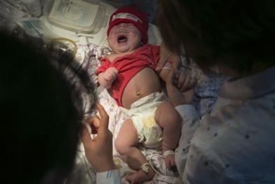 Những lần trẻ nhỏ chết đi sống lại đầy kỳ diệu gây 'bão' ở Trung Quốc