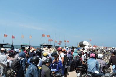 Vì sao hơn 1.000  người bị kẹt ở đảo Lý Sơn?