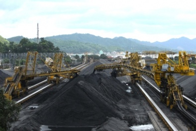 Đẩy mạnh sản xuất manhetit phục vụ công tác tuyển than