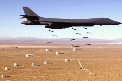 Máy bay ném bom B-1B Lancer: Chiến binh kế thừa của huyền thoại
