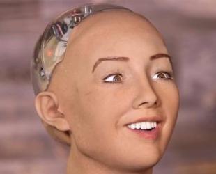 Robot thông minh đầu tiên gây sốc khi tuyên bố sẽ tiêu diệt nhân loại