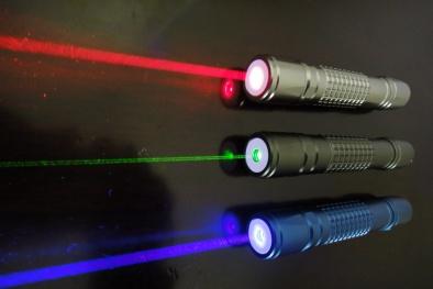 Bút chỉ laser do Trung Quốc sản xuất có thể làm mù mắt