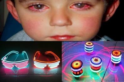 Đồ chơi Laser làm bé trai bỏng mắt đang được bày bán tràn lan ở Việt Nam