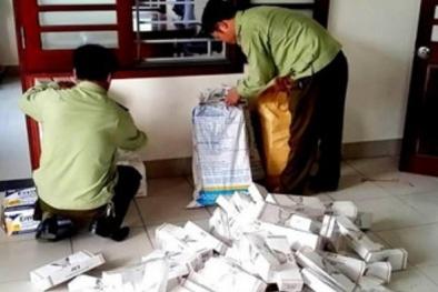 Thừa Thiên-Huế: Cảnh sát giao thông 'vồ' được xe tải chở nhiều hàng lậu