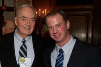 Giật mình khi cựu nghị sĩ Mỹ tuyên bố kết hôn với người đồng giới ở tuổi 90