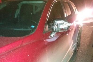 Hàng loạt ô tô bị ném đá, vỡ kính trên cao tốc Hà Nội - Hải Phòng