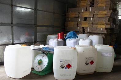 Tin an toàn thực phẩm hot ngày 16/5: Dấm ăn 'Quê Hương' sản xuất từ axit và nước lã
