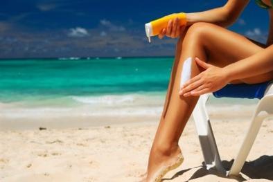 Loại mỹ phẩm chống nắng nào có thể đánh bay vết nhăn, ngăn ung thư da?