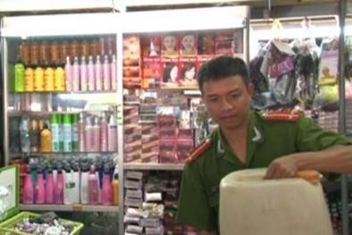 Thừa Thiên-Huế: Xử phạt hai cơ sở sang chiết và bán mỹ phẩm không rõ nguồn gốc