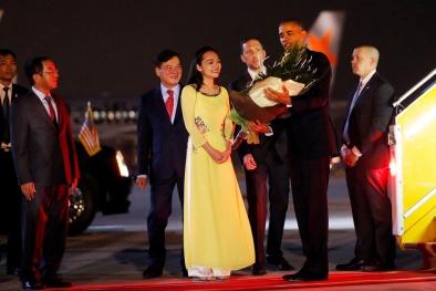 Tại sao đến Việt Nam, Tổng thống Obama luôn di chuyển bằng siêu xe 'sinh đôi'?