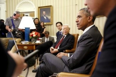 Toàn cảnh khoảnh khắc Tổng thống Obama đến Hà Nội