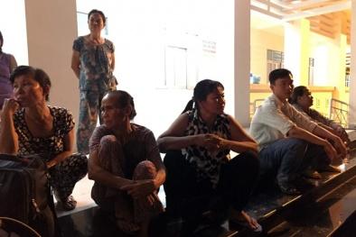 TNGT khiến 12 người chết ở Bình Thuận: 'Mẹ cháy đen còn lại đôi tất'