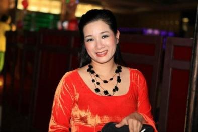 Thanh Thanh Hiền: 'Cả nước dùng facebook, mỗi mình không có'