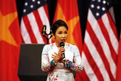 Ca sĩ Mỹ Linh thừa nhận việc hát Quốc ca là một tai nạn nghề nghiệp