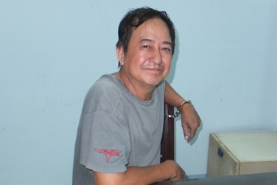 Camera thu trọn hình ảnh CSGT nghỉ hưu dùng dao Thái đâm chết chủ nợ