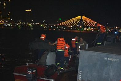 Nguyên nhân tàu du lịch Thảo Vân 2 'đang ngắm cảnh' sông Hàn bị chìm?