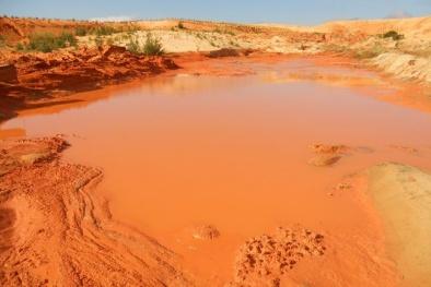 Bể hồ bùn đỏ titan, liệu có bất quá tam?