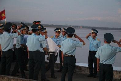 Phi công Trần Quang Khải được thăng hàm Đại tá ngay trước lễ truy điệu