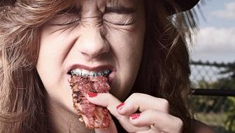 Thịt hun khói - 'sát thủ' gây ung thư đường ruột