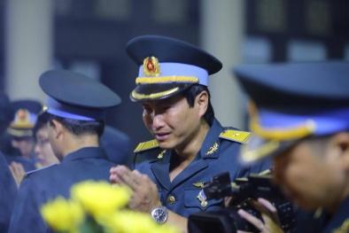 'Đời tuôn nước mắt, trời tuôn mưa' tiễn biệt 9 quân nhân Casa 212
