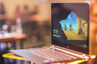 Laptop mỏng nhất thế giới đã có mặt tại Việt Nam với giá 43 triệu