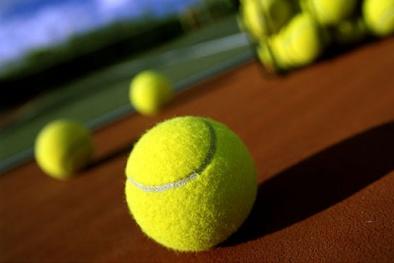 Đánh tan thấp khớp chỉ nhờ một quả bóng tennis
