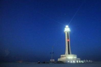 Trung Quốc 'đóng dấu' chủ quyền phi lý bằng 5 hải đăng trái phép ở Biển Đông