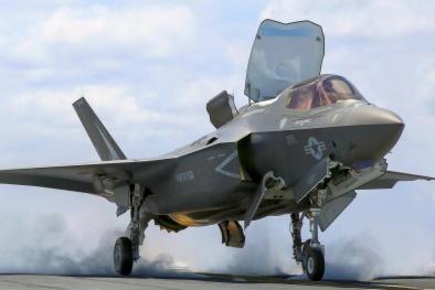 Sức mạnh siêu tiêm kích F-35 gây tranh cãi vì 'không đáng đồng tiền bát gạo'