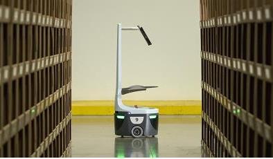 Tăng năng suất lao động lên 800% với robot nhà kho của Mỹ