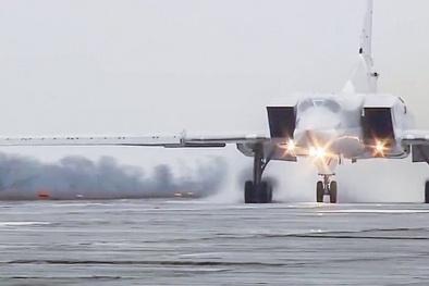 Tiêm kích ném bom Su-34 của Nga rải bom tiêu diệt 150 phiến quân IS