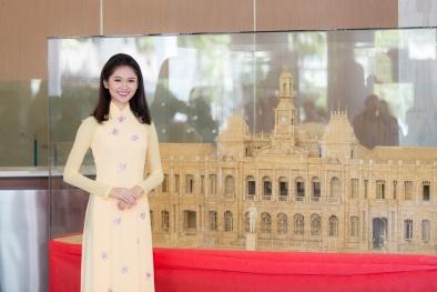 Á hậu Thùy Dung khoe vẻ đẹp 'ngọt lịm' với áo dài