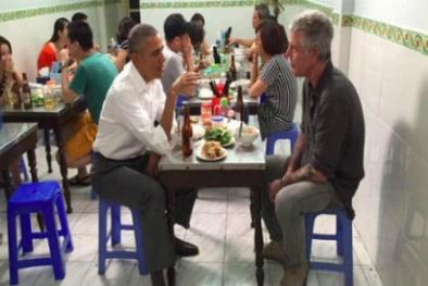 CNN tung clip Tổng thống Obama dùng đũa ăn bún chả thành thạo