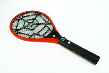 Pháp 'thổi còi' vợt bắt muỗi Trung Quốc kém chất lượng gây giật cho người dùng