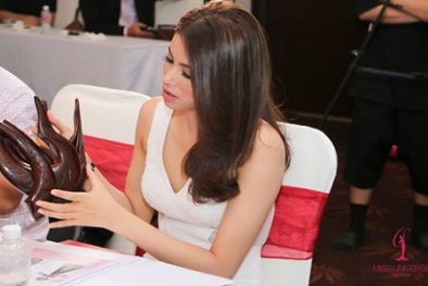 Phạm Hương chọn Quốc phục cho đại diện Việt Nam thi Hoa hậu Hoàn vũ