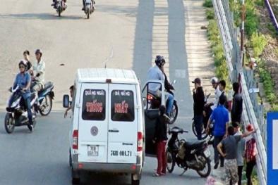 TP.HCM kiên quyết xóa nạn xe 'dù', bến cóc trước ngày 31/12 năm nay