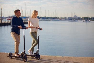 'Hết hồn' vì xe trượt điện scooter gây gãy xương trẻ