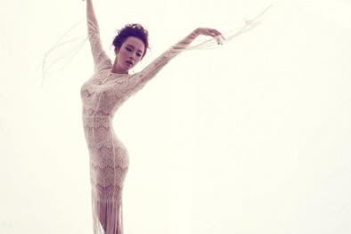 Angela Phương Trinh quyến rũ với váy ren mỏng manh mùa thu