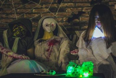 Quán cà phê khách đông 'nườm nượp' nhờ chiêu độc trang trí Halloween