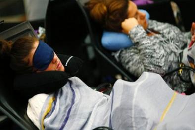 Bỏ túi bí quyết để có giấc ngủ ngon lành trên máy bay