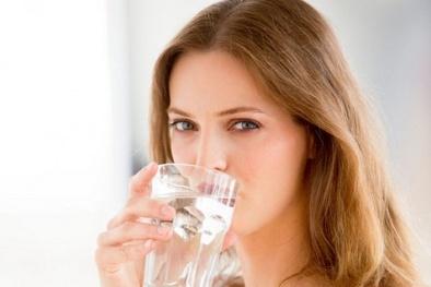 Điều gì xảy ra nếu cơ thể bạn thiếu nước thường xuyên
