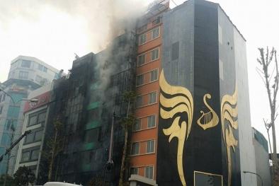 Cháy lớn ở Trần Thái Tông: Thứ trưởng Bộ Công an yêu cầu làm rõ vụ việc