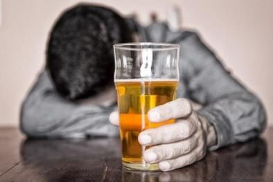 Chỉ cần nửa cốc đồ uống chứa cồn cũng có thể gây ung thư tiền liệt tuyến