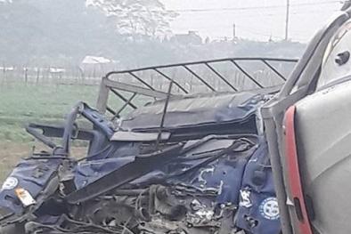 Tai nạn giao thông nghiêm trọng nhất ngày 20/11: Hai xe máy nát bét, 5 thanh niên tử vong
