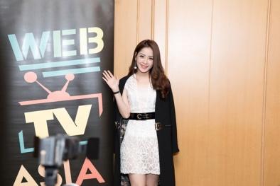 Chi Pu tự tin trả lời phỏng vấn truyền thông châu Á tại WebTV Asia Awards