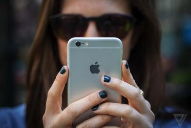 Hàng loạt 'tín đồ' của iPhone than phiền về lỗi tụt pin bí ẩn