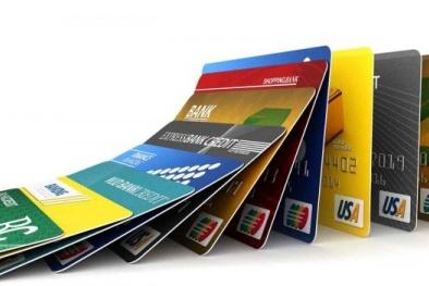 Cảnh báo sử dụng thẻ tín dụng để thực hiện giao dịch khống